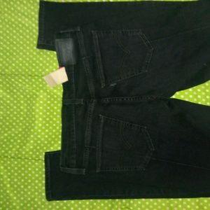 Levis black vintage wash skinny jeans sz 28